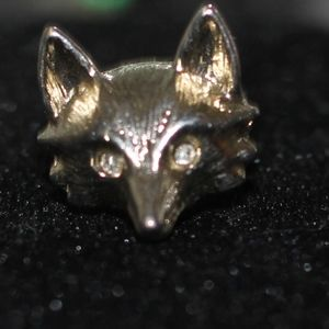 Jewelry - Fox Pendant Brooch